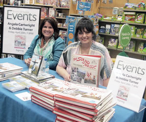 Barnes & Noble booksigning