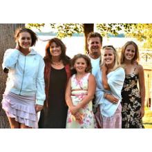 1larsonfamily2004.jpg