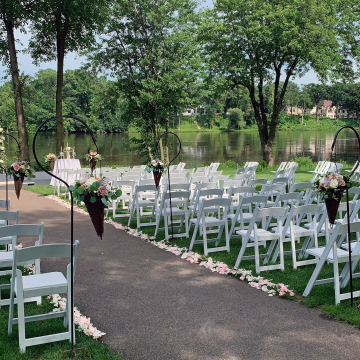 July Wedding on the Mississippi River